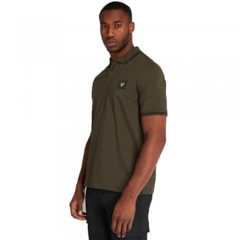 Lyle and Scott Casuals Tipped Polo Shirt in Trek Green