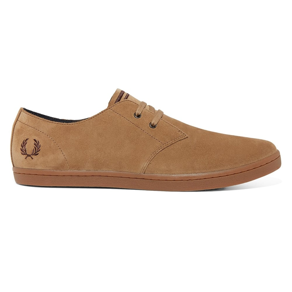 Fred Perry Byron Low Suede in Almond